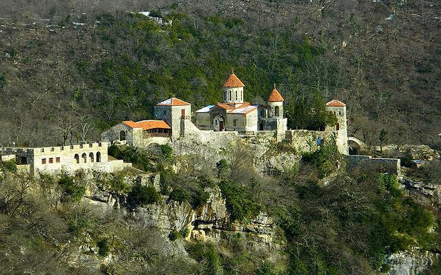 Грузия Монастырь Моцамета Кутаиси
