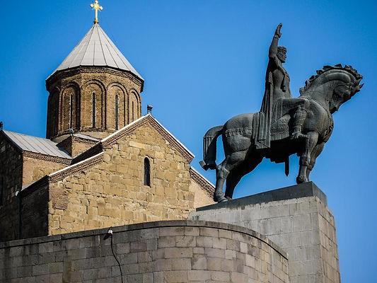 Грузия Памятник Царю Вахтангу Горгасали Тбилиси