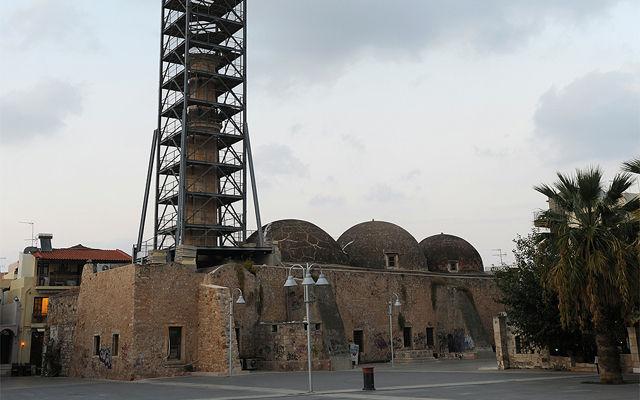 Греция Крит Neratze мечеть - сегодня мюзик-холл Ретимно