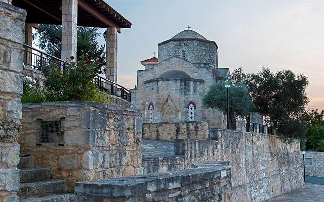 Достопримечательности Кипр Деревня Лисос