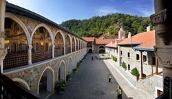 Кипр Монастыри и храмы