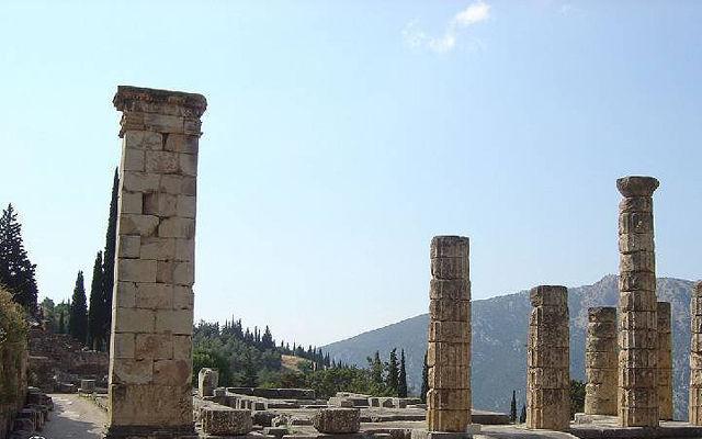 Греция Корфу Руины храма Артемиды