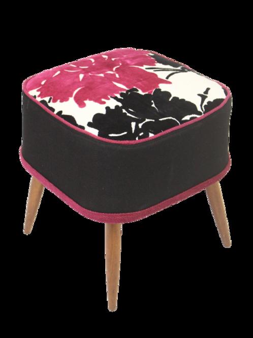 Tabouret en hêtre années 50 gansé magnifique tissu sur l'assise.Ref Begonia