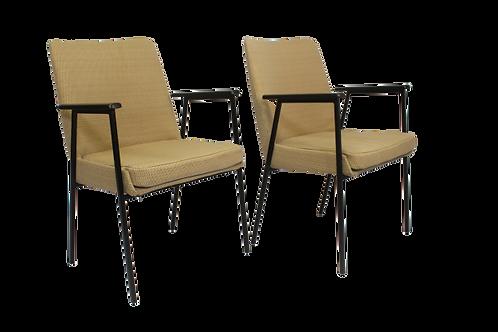 Paire de fauteuils par Mauser 1960.