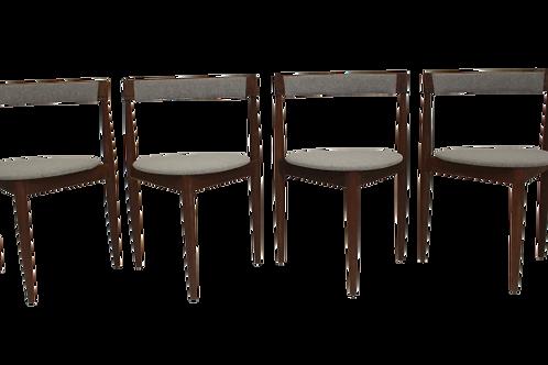 Lot de 4 chaises d'Hans Olsen pour Frem Rojl Danemark.REF HANS OLSEN