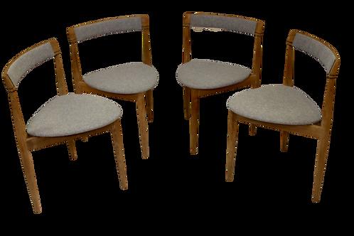 Hans OLSEN (1912-1992) - FREM ROJL Danemark - Suite de quatre chaises tripode