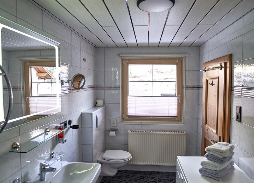 Badezimmer e .jpg