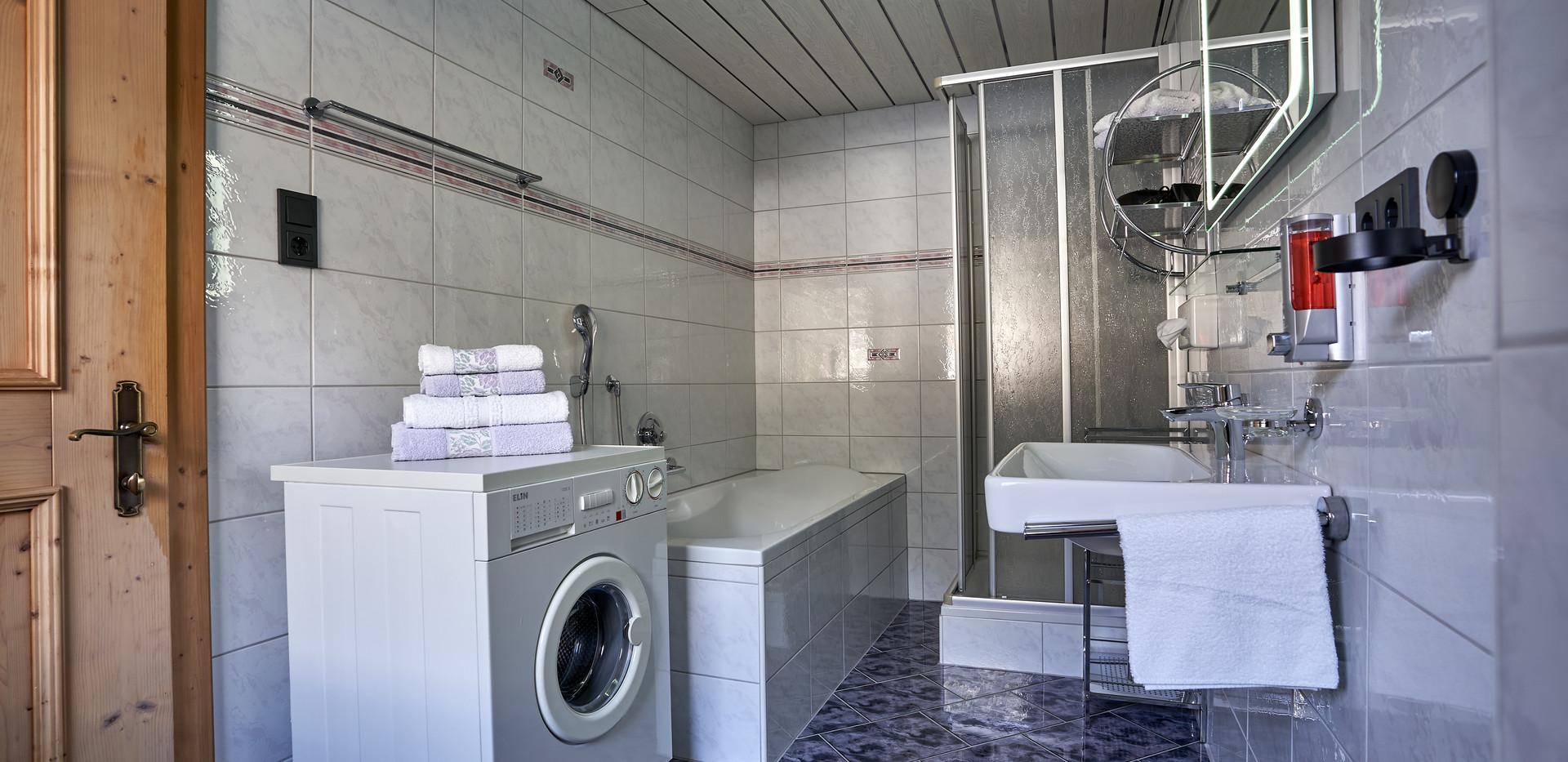 Badezimmer a.jpg