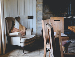 seating-wood-chair-pillows