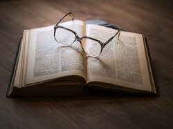 book-glasses-glass-table