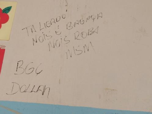 Barreiras: Bandidos roubam escola e deixam 'recado'