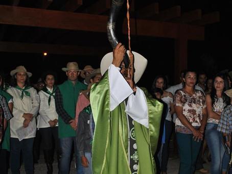 LEM: Terceira Missa Sertaneja reúne milhares de fieis na gruta