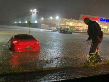 LEM: chuvas de cerca de 100mm causam estragos por toda a cidade