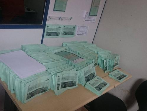 LEM: Correios não entregam e centenas de CRLV's acumulam na Retran