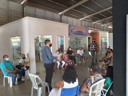 Secretaria de Indústria e Comércio de LEM se reúne com permissionários dos Boxes da Feira