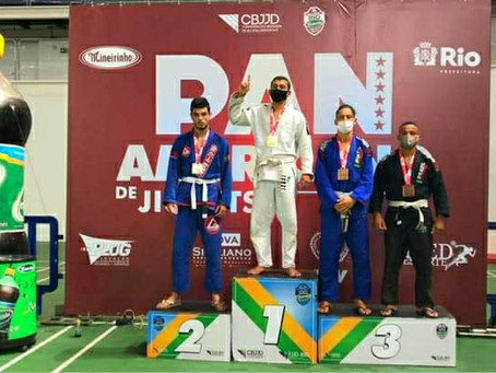 Atleta de Luís Eduardo Magalhães é medalha de ouro no Pan-Americano de Jiu-Jitsu no  Rio de Janeiro