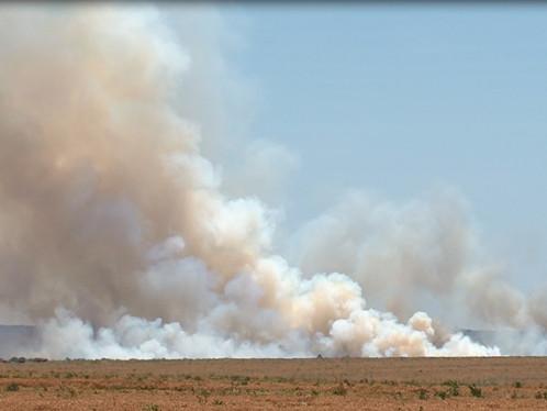 Fumaça em LEM é causada por incêndio em fazenda