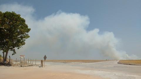 Incêndio atinge fazendas próximas a zona urbana de LEM