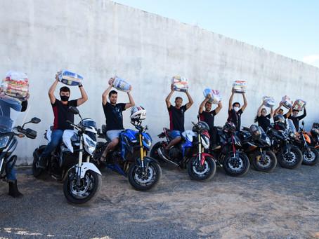LEM: Moto Grupo V2R faz doação de cestas básicas para 28 famílias em situação de vulnerabilidade