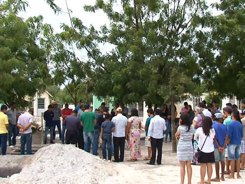 Corpo de Henrique Velasquez é enterrado na manhã deste sábado
