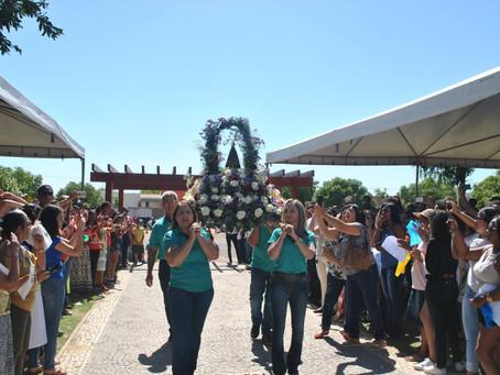 Milhares de fiéis comemoraram o dia da Padroeira em LEM