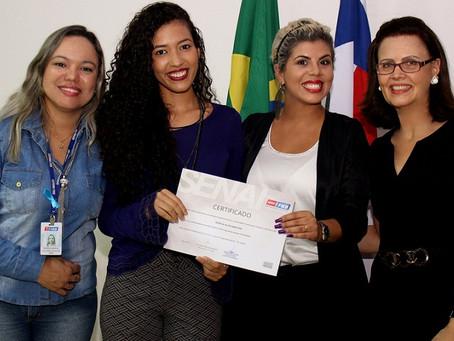 Prefeitura entrega certificados dos cursos profissionalizantes realizados no Residencial Vista Alegr