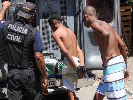Polícia captura três criminosos por hora na Bahia