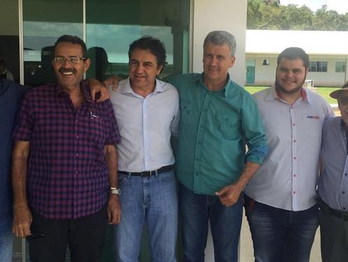 Luís Eduardo vai voltar a crescer: Oziel recebe empresários e investidores em almoço de negócios