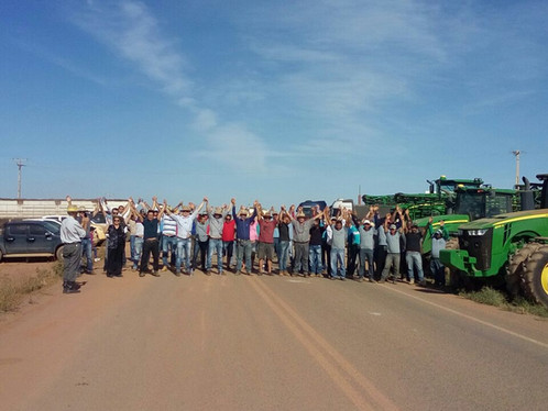 Agricultores protestam contra liminar que retira terras de produtores no Oeste da Bahia