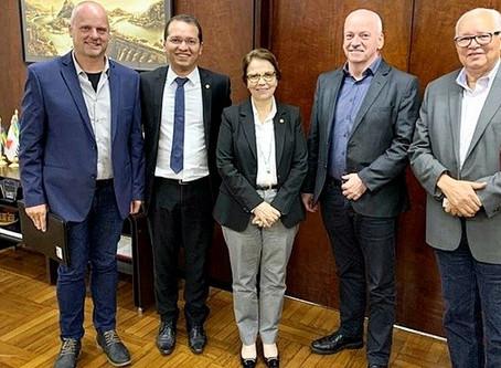 Tito participa de audiência no Ministério da Agricultura com empreendedores estrangeiros que investi