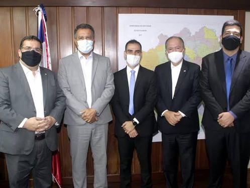 Rui Costa assina ordem de serviço da ordem de R$100 mi para beneficiar estradas do Oeste;