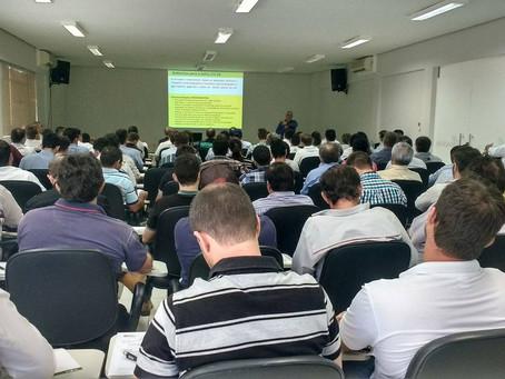 Coorperfarms realiza palestra sobre ferrugem asiática em LEM