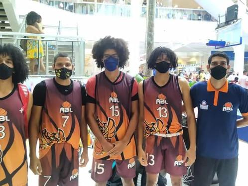 Equipe de Basquete 3X3 da ABL de LEM conquista o 2º lugar no pódio em competição na capital baiana