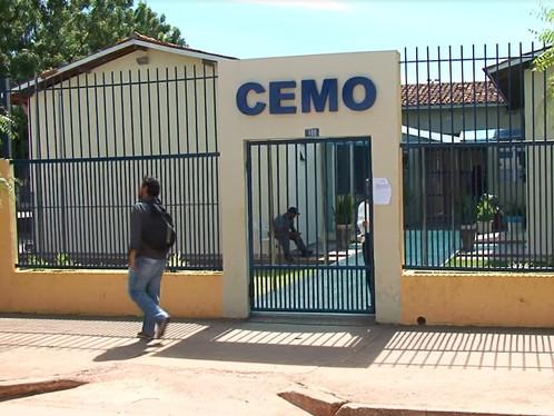 Escolas estaduais de LEM estão sem professores