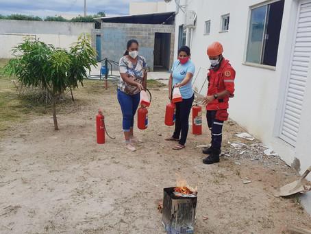 Equipe do abrigo José Vicente recebe treinamento de primeiros socorros e combate a incêndio