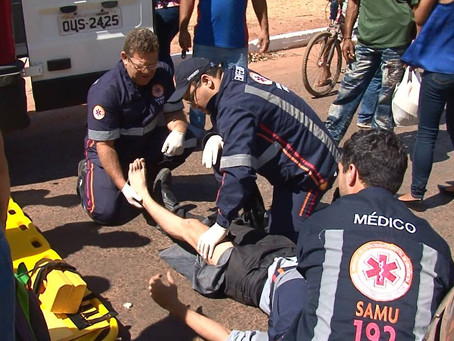Acidente deixa motociclista ferido no centro de LEM