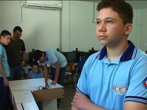 Alunos de escola pública vão representar LEM na Olimpíada Brasileira de Robótica