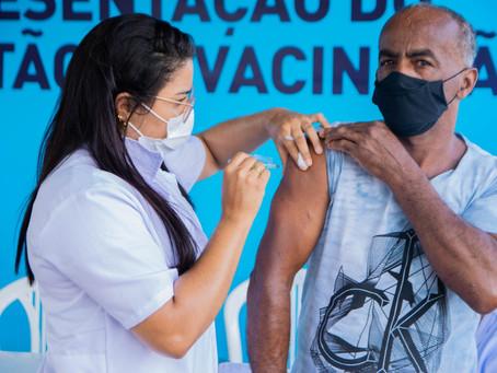 Covid-19: pessoas acima de 55 anos com comorbidades serão vacinadas em LEM a partir desta quinta