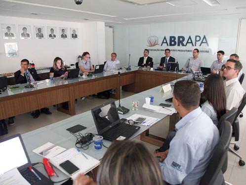 Abrapa alinha certificadores e associadas às diretrizes do Programa ABR em 2016/17