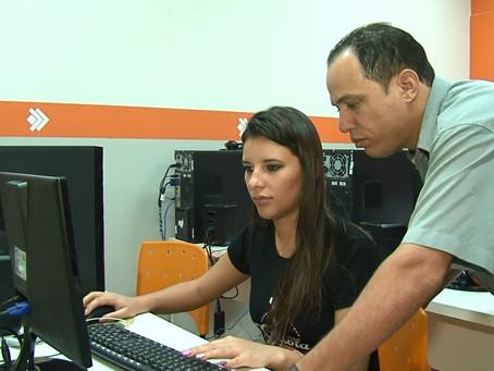 Youtuber: Jovens de Luís Eduardo se aventuram nas plataformas digitais