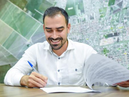 Prefeito Junior Marabá sanciona Auxílio Emergencial Municipal que beneficiará 1.500 famílias