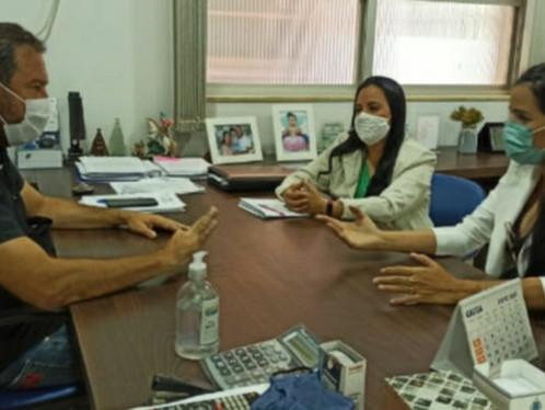 Implantação do NEAM: Vereadoras Zezília e Daiana se reúnem com delegado regional da polícia Civil
