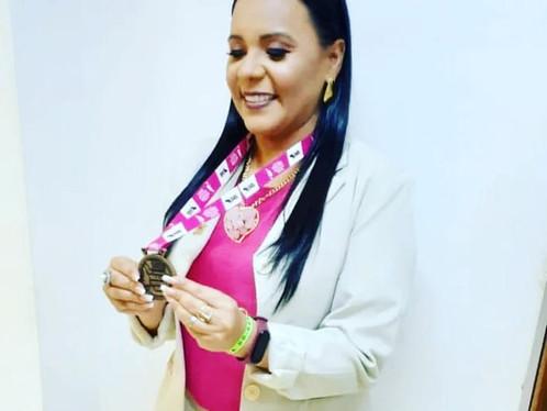Vereadora Zezília Martins ganha prêmio nacional por trabalho realizado em LEM