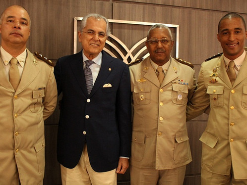 Prefeito Humberto Santa Cruz prestigia troca de comando da 85ª CIPM