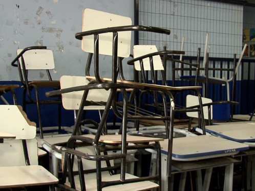 Falta de conservação de escolas municipais impressiona