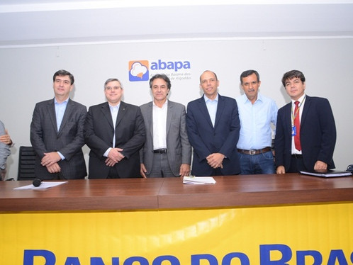 Prefeito de Barreiras participa do lançamento do Plano Safra 2017- 2018
