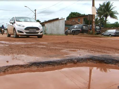 Excesso de chuva em Luís Eduardo Magalhães traz impactos positivos e negativos no campo e na cidade