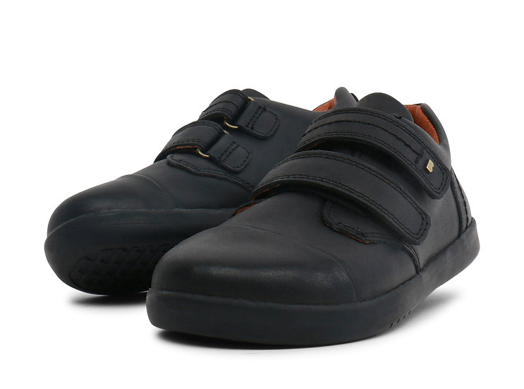 Bobux Kid+ Port shoe Black