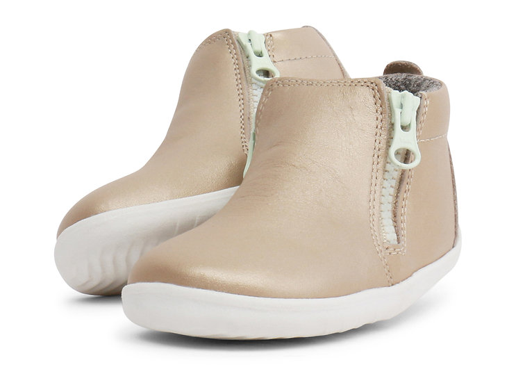 Bobux Step Up Gold Tasman Boot