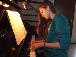 Intermediate Piano Technique